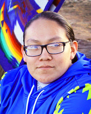 Hunter, Navajo affiliation